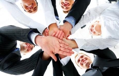 CAPACITACIÓN | Diferencias entre grupo y equipo de trabajo – WEB CONFERENCE